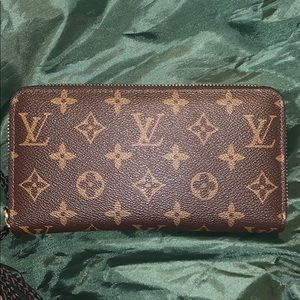 Almost new Louis Vuitton wallet
